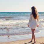 Mare: assorbente interno o coppetta mestruale?